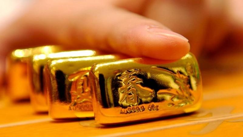 Giá vàng hôm nay, 4/3: Vàng trong nước giảm vẫn cao hơn thế giới gần 8 triệu đồng/lượng