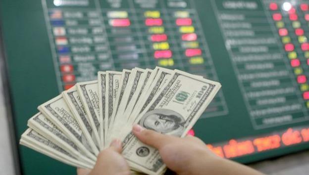 Tỷ giá ngoại tệ hôm nay 9/3: Đô la tăng cao, một loạt ngoại tệ khác giảm mạnh