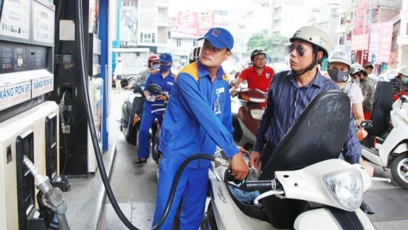 Giá xăng dầu được dự báo tăng mạnh vào kỳ điều chỉnh ngày mai-12/3.