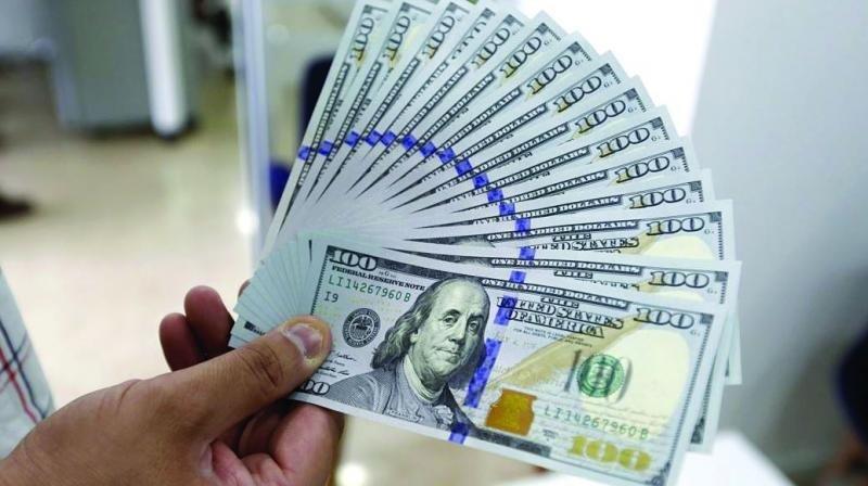 Tỷ giá ngoại tệ hôm nay 17/3: Tỷ giá trung tâm đi ngang, giá USD tại ngân hàng thương mại giảm