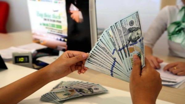Tỷ giá ngoại tệ hôm nay 24/3: Tỷ giá trung tâm tăng mạnh, giá USD tại Ngân hàng thương mại đi ngang