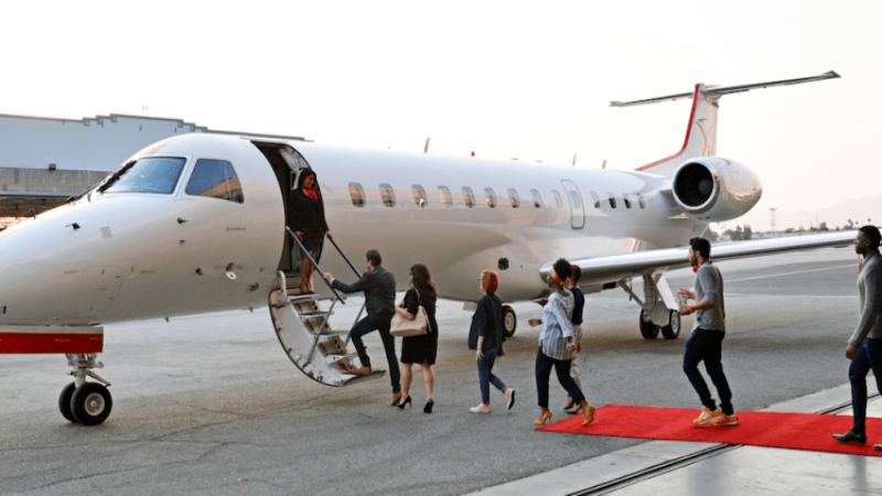 Tàu bay của người nước ngoài tại Việt Nam được cấp phép bay như thế nào?