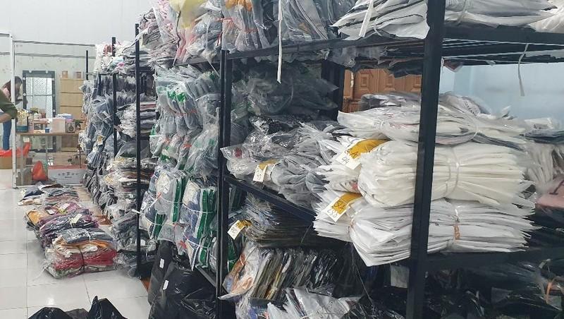 Thu giữ hơn 7.000 sản phẩm hàng hóa có dấu hiệu nhập lậu tại Hưng Yên