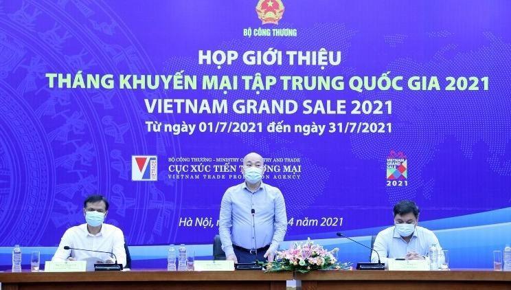 """""""Tháng khuyến mại tập trung quốc gia 2021"""": Nâng cao nhận thức của người tiêu dùng về chất lượng, dịch vụ hàng Việt"""