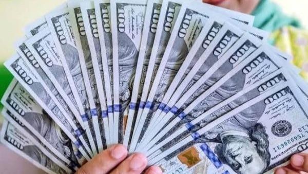 Tỷ giá ngoại tệ hôm nay 29/4: Đồng USD bất ngờ đi xuống trước thông tin tốt về kinh tế