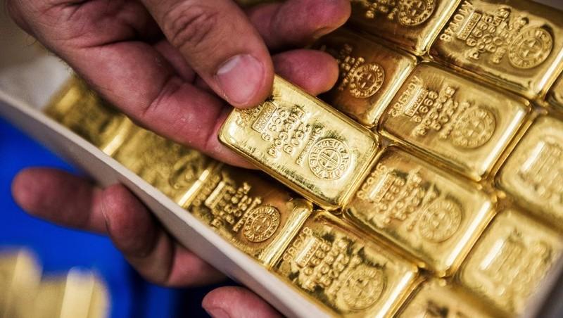 Giá vàng hôm nay 5/5: Giá vàng thế giới tăng mạnh, sắp cán mốc 1.800 USD/ounce