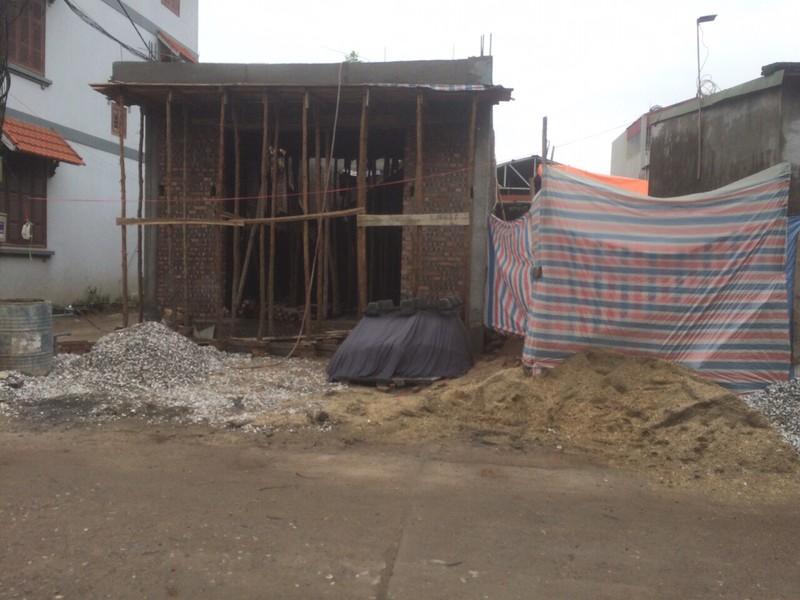 Long Biên (Hà Nội): Chính quyền có đang làm ngơ để công trình xây dựng mọc trên đất đang tranh chấp?