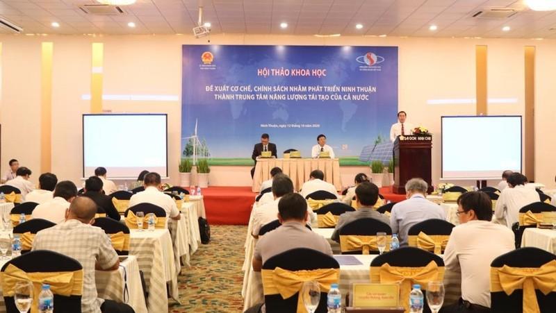 Hội thảo khoa học nhằm phát triển Ninh Thuận thành trung tâm năng lượng tái tạo của cả nước.
