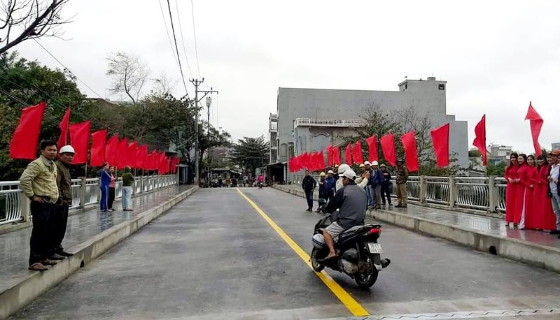 Cầu Ông Chừ (Phú Yên) chính thức thông xe