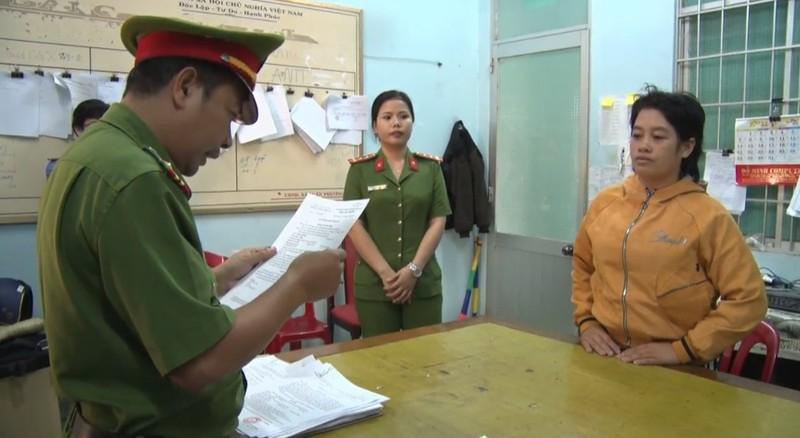 Cơ quan CSĐT Công an tỉnh Phú Yên đã khởi tố vụ án, khởi tố bị can Đoàn Thị Kim Y về tội lừa đảo chiếm đoạt tài sản.