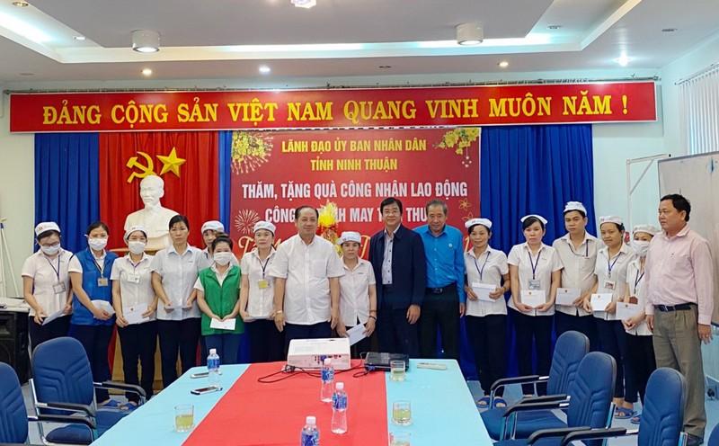 Doanh nghiệp Ninh Thuận nỗ lực chăm lo Tết cho người lao động