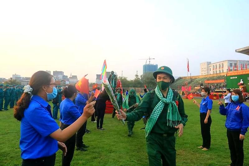 Hơn 2.000 thanh niên Phú Yên lên đường nhập ngũ
