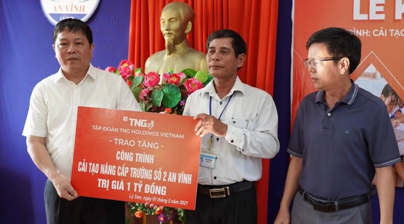 TNG Holdings Việt Nam tài trợ một tỷ đồng nâng cấp trường học hư hỏng do bão trên đảo Lý Sơn