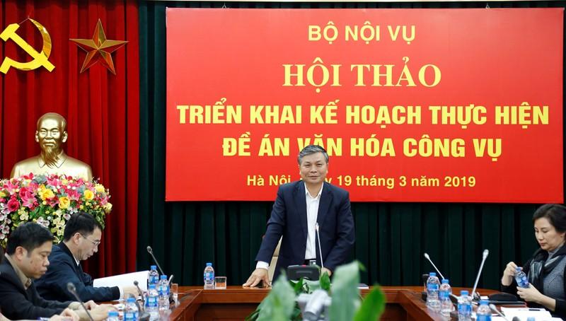 Thứ trưởng Nguyễn Trọng Thừa phát biểu tại hội thảo.