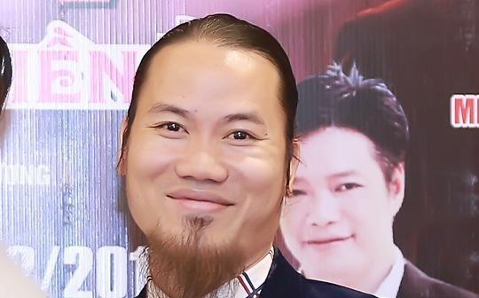 Nghệ sĩ Vượng Râu bỏ tiền tỉ đón Tết Vạn Lộc