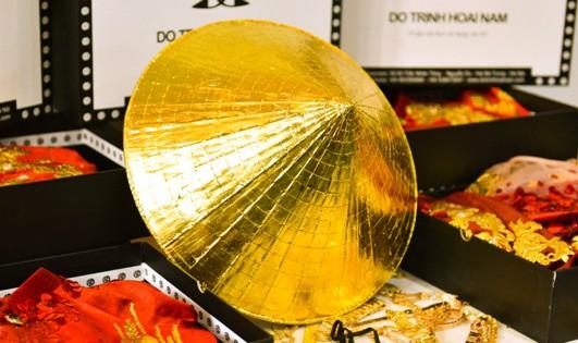 Nón lá dát vàng 'chu du' tại Australia
