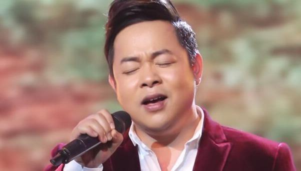 Quang Lê trổ tài 'thảo mai' với nữ MC