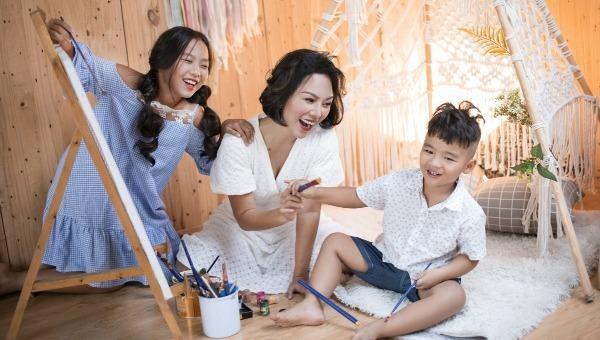 Thái Thuỳ Linh gây xúc động với MV Hợp đồng mẫu tử