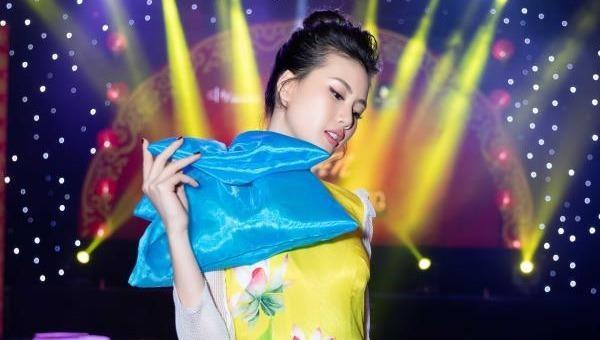 Quỳnh Hoa - Giải Vàng Siêu mẫu Việt Nam nêu quan điểm chuyện đại gia - chân dài
