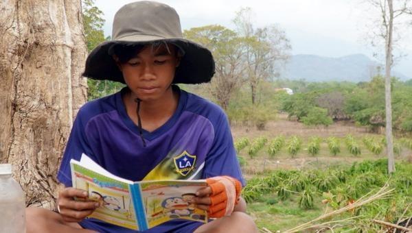 Mang sách tới trẻ em vùng cao