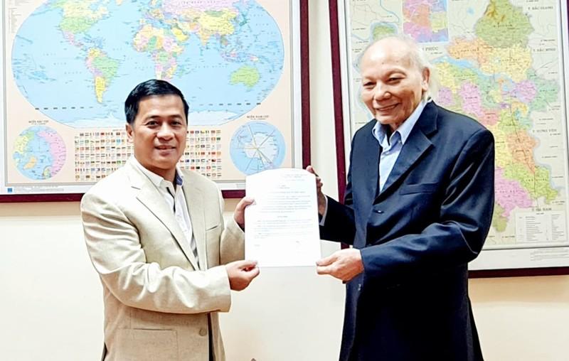Nhà báo Nguyễn Phong Cầm giữ chức Phó Tổng biên tập Tạp chí Nhà đầu tư
