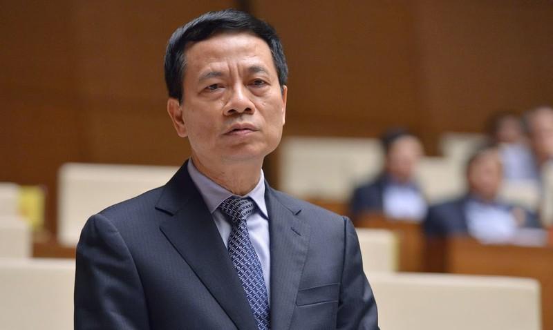 Bộ trưởng Nguyễn Mạnh Hùng: Những Sim nào không có thông tin, kiên quyết cắt dịch vụ