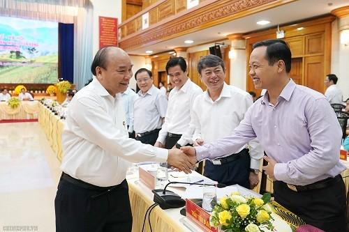 Thủ tướng chủ trì họp Tiểu ban Kinh tế - Xã hội với lãnh đạo các tỉnh phía Bắc