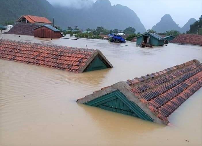 Xã Tân Hóa, huyện Minh Hóa, tỉnh Quảng Bình vẫn chìm trong nước lũ