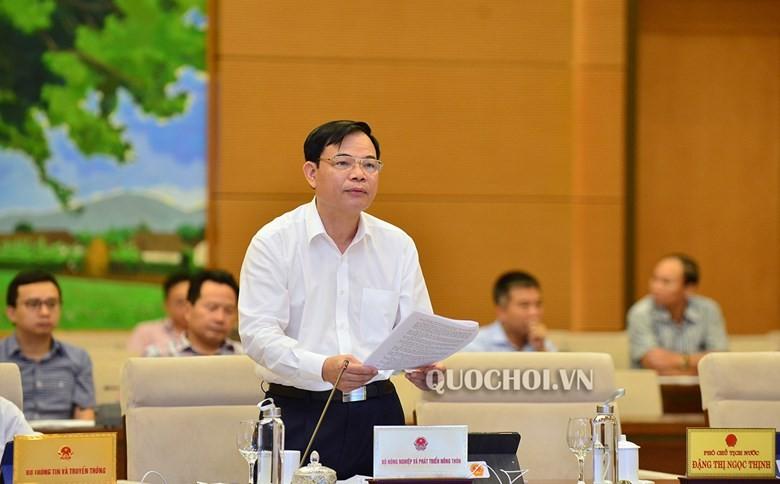 Bộ trưởng Bộ Nông nghiệp và Phát triển Nông thôn phát biểu