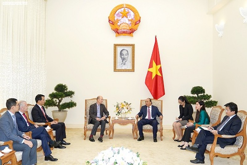 Thủ tướng tiếp đoàn các nhà đầu tư nước ngoài có dự định đầu tư vào Việt Nam
