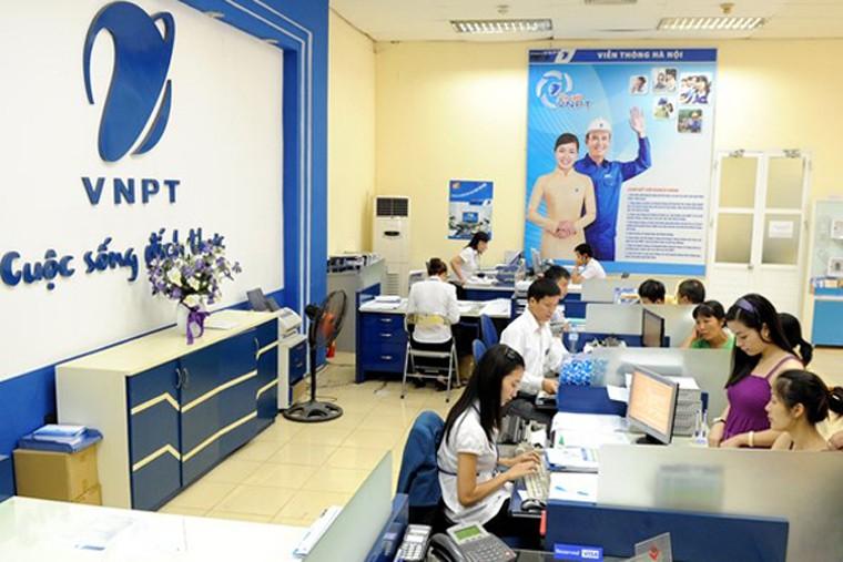 """Bộ TT&TT """"cấm"""" VNPT và MobiFone thay đổi nhân sự"""