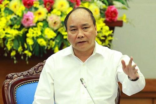 """Phó Thủ tướng yêu cầu làm rõ """"nghi án"""" """"nắn đường"""" ở quận Long Biên"""