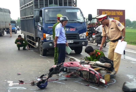 Thêm 27 người chết vì tai nạn giao thông