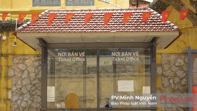 Nhiều du khách nước ngoài cảm thấy tiếc nuối vì không thể tham quan di tích tại Hà Nội