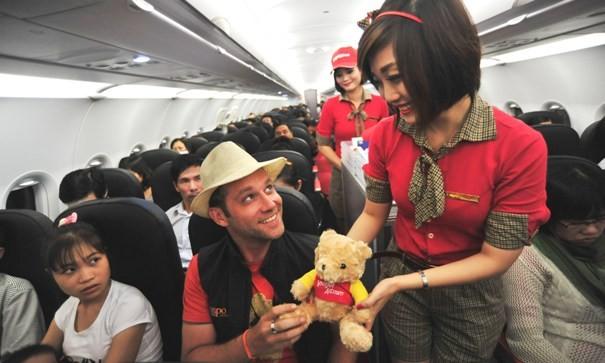 VietJetAir khai trương đường bay mới, giảm 30% giá vé khi thanh toán bằng thẻ ANZ