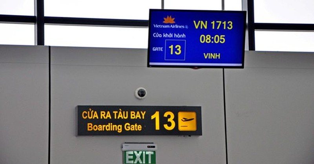 Vietnam Airlines trễ chuyến, đại diện hãng thách thức khách hàng