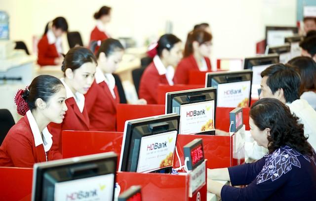 HDBank ưu đãi khách hàng sử dụng dịch vụ VnTopup