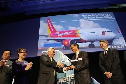 Vietjet nhận tàu bay đầu tiên của hợp đồng Airbus