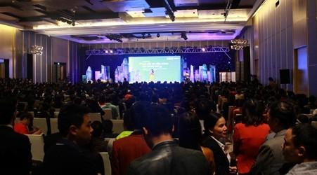 Road Show của FLC thu hút hơn 2000 người tham dự