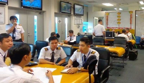 Phi công VNA, ảnh nld.com.vn