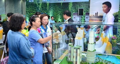 800 căn hộ cao cấp, condotel, biệt thự biển được giới thiệu tại Dragon City Festival 2015