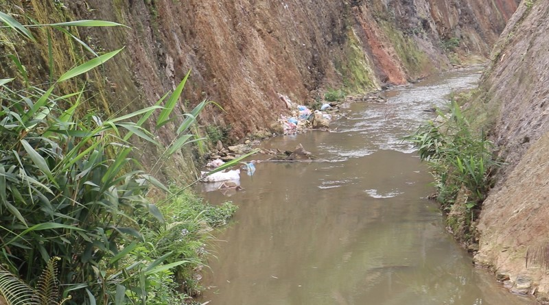 Nhà máy chế biến nông sản An Nghiệp ngang nhiên xả thải ra môi trường
