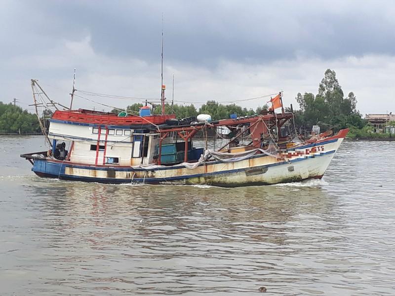 Thuyền viên rơi xuống biển mất tích sau vụ đánh nhau
