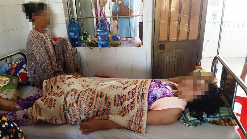 Nạn nhân bị thương tích phải điều trị tại bệnh viện