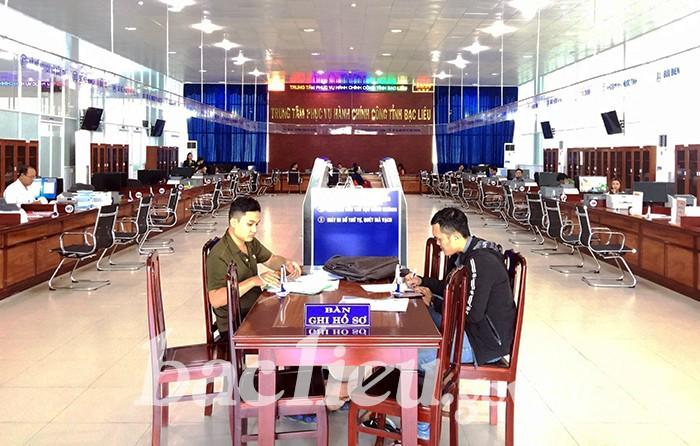 Giải quyết thủ tục hành chính tại Trung tâm phục vụ hành chính công tỉnh Bạc Liêu