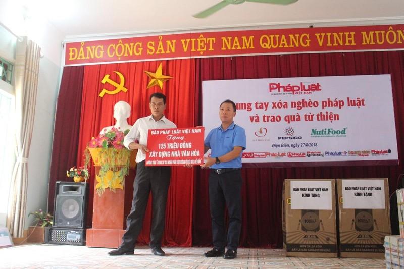 Báo Pháp luật Việt Nam tài trợ xây dựng 2 nhà văn hóa tại tỉnh Điện Biên
