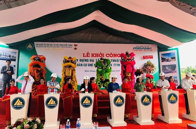 Lãnh đạo tỉnh Kiên Giang phát lệnh lễ khởi công xây dựng KDC chợ nông hải sản TTTM Rạch Giá