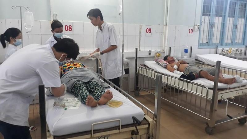 Các nạn nhân được cấp cứu tại Trung tâm Y tế huyện Phú Quốc