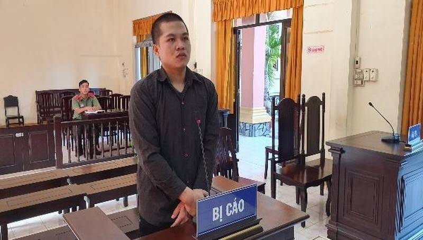 Bị cáo Nguyễn Văn Hoài