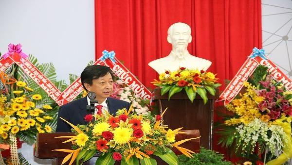 PGS,TS. Võ Văn Thắng – Hiệu trưởng trường ĐH An Giang phát biểu nhận nhiệm vụ